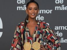 Microbag, patchwork e mais: trends das famosas em festa da novela 'Amor de Mãe'