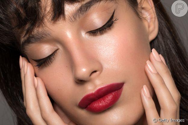 O preparo da pele é uma etapa importante da maquiagem