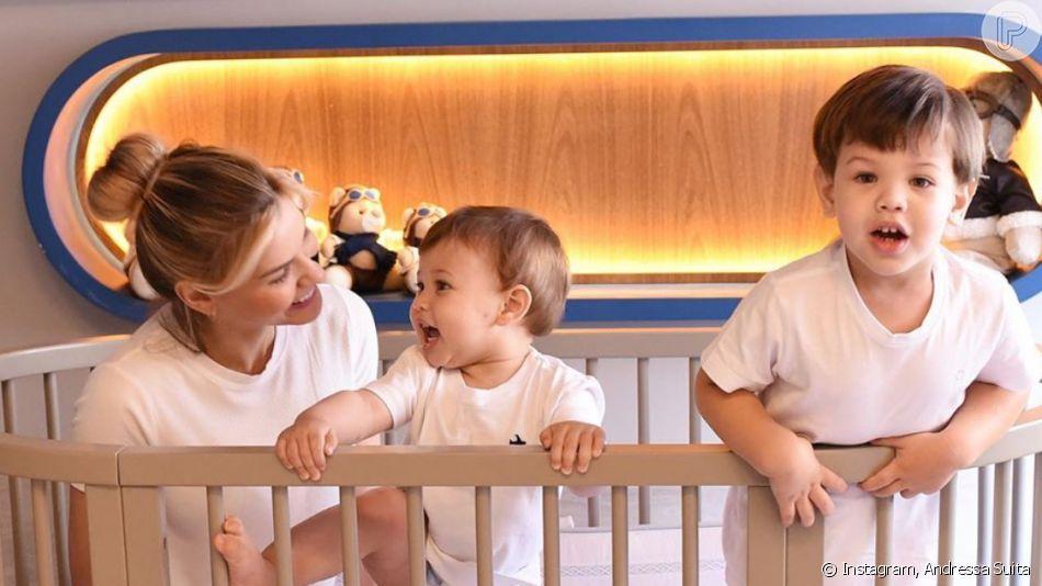 Filho de Andressa Suita e Gusttavo Lima, Gabriel encantou a mãe ao se lambuzar com chocolate