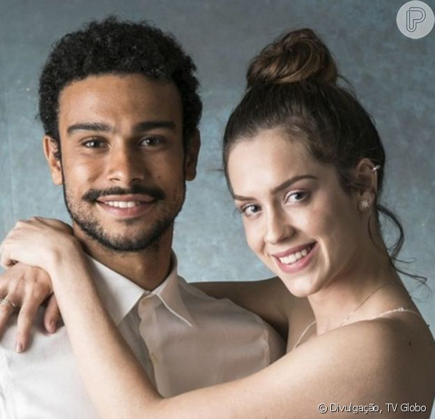 Sophia Abrahão e Sérgio Malheiros estão noivos