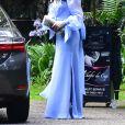 Claúdia Raia elege vestido com mangas bufantes para casamento