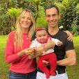 Ticiane Pinheiro e Cesar Tralli viajaram com a filha, Manuella, para Campos de Jordão, em São Paulo