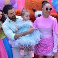 Filha de Sabrina Sato e Duda Nagle, Zoe usa três looks em seu aniversário de 1 ano em 7 de dezembro de 2019