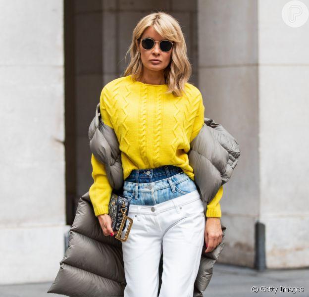Moda jeans 2020: grandpa jeans, calça bicolor e mais tendências em denim para renovar o modelo clássico do closet. Fotos!
