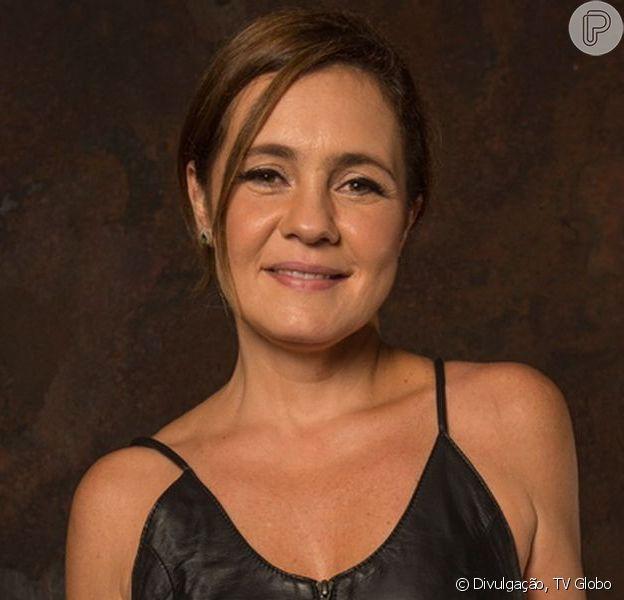 Adriana Esteves completou 50 anos neste domingo (15) e ganhou uma declaração do filho mais velho
