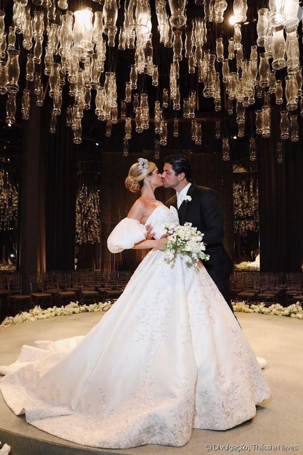 Thássia Naves fez duas cerimônias de casamento com