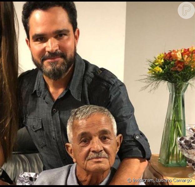 Luciano Camargo se diverte com o pai, Francisco, de 82 anos, em vídeo nesta quarta-feira, dia 18 de dezembro de 2019