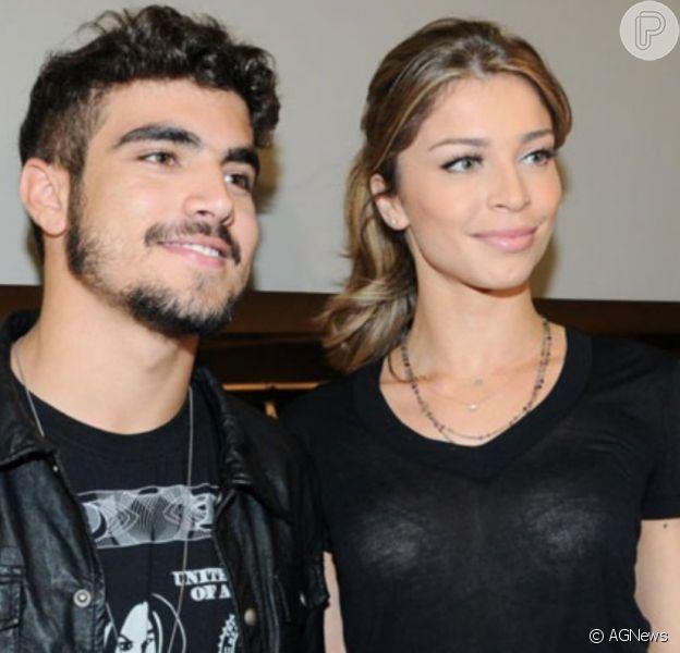 Grazi Massafera e Caio Castro são vistos juntos com filha da atriz, Sofia, em foto postada por fã nesta segunda-feira, dia 23 de dezembro de 2019