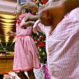 Giovanna Ewbank mostra Títi em momento de diversão no Natal