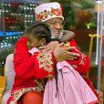 Giovanna Ewbank fala sobre representatividade ao compartilhar fotos do Papai Noel Seu Rubens no Natal em família: 'Importa, sim'