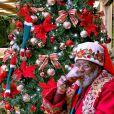 Papai Noel da família Gagliasso, Seu Rubens faz a alegria da criançada em São José dos Campos, em São Paulo