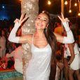 Sabrina Sato aposta em look prateado  premium feito exclusivamente por Carlota Costa