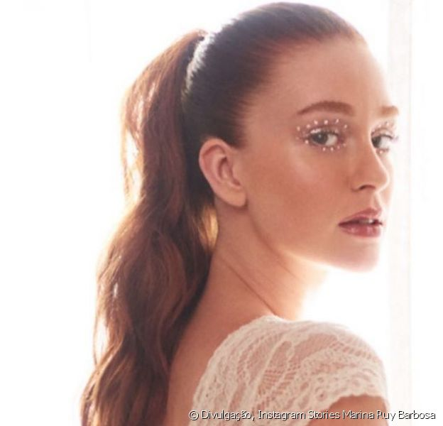 Marina Ruy Barbosa posou de lingerie branca e o corpo de atriz roubou a cena