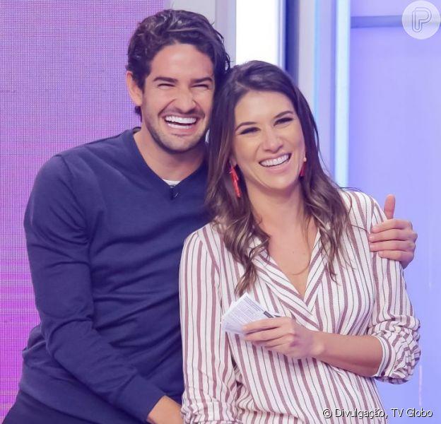 Rebeca Abravanel e Alexandre Pato, sem fotos juntos no Instagram há meses, reaparecem apaixonados em foto nesta sexta-feira, dia 14 de fevereiro de 2020