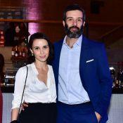 Débora Falabella e o namorado, o ator Gustavo Vaz, vão juntos ao prêmio APCA