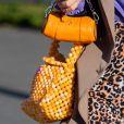 Bolsa na moda: peças míni e máxi aparecem em mix
