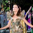 Camila Queiroz brilhou no Baile do Copa neste carnaval