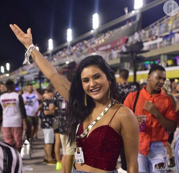 Mileide Mihaile curte carnaval na Marquês de Sapucaí, em 25 de fevereiro de 2020.