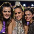 Bruna Marquezine curtiu desfile das campeãs no camarote N°1 no Carnaval de 2019