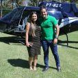 Marido de Simone, Kaká Diniz fez uma surpresa para ela em jardim de hotel de Las Vegas