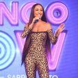 Sabrina Sato chamou atenção com cabelo ultralongo em evento da Record TV