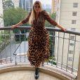 Marília Mendonça é adepta de produções caprichadas e cheias de estilo