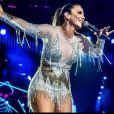 Ivete Sangalo dá um show de bom humor nos palcos e fora deles