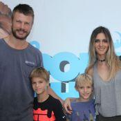 Rodrigo Hilbert reúne Fernanda Lima e filhos em foto para comemorar 40 anos