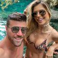 Flávia Viana e Marcelo Zangrandi ficaram noivos em maio de 2019