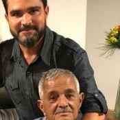Pai de Zezé e Luciano recupera movimentos após internação e emociona web