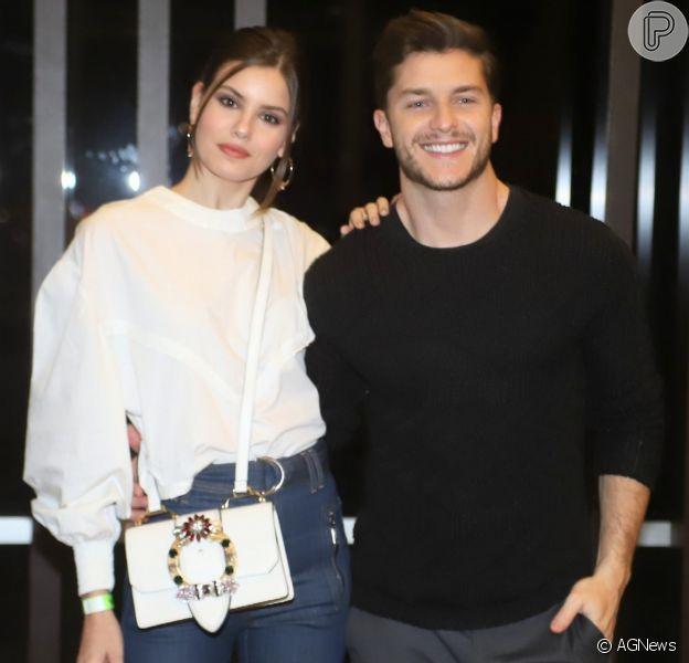 Camila Queiroz planeja ter filhos com marido, Klebber Toledo