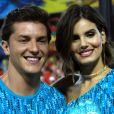 Camila Queiroz e Klebber Toledo oficializaram a união em agosto de 2018