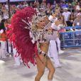 Lorena Improta é dançarina e neste ano desfilou pela escola de samba Viradouro