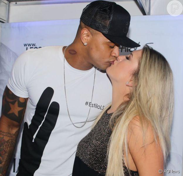 Léo Santana e Lorena Improta voltaram a namorar