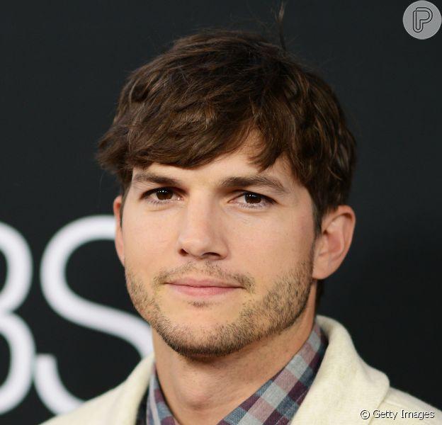 Ashton Kutcher afirma que experiência com filhas de Demi Moore o ajudou com paternidade