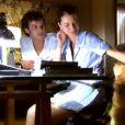 O espírito de Daniel (Jayme Matarazzo) aparece para Viviane (Nathalia Dill), na novela 'Escrito nas Estrelas'