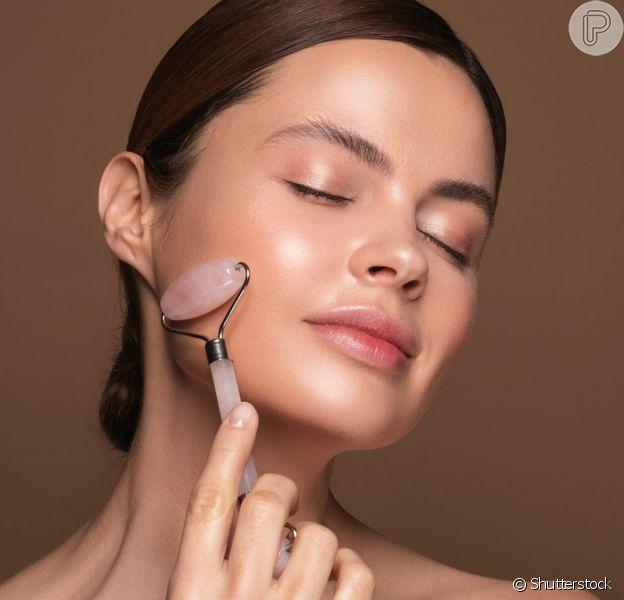 Confira os benefícios do face roller para a sua rotina de beleza