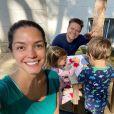 Thais Fersoza e Michel Teló estão passando a quarentena com os filhos, Melinda e Teodoro, em São Paulo