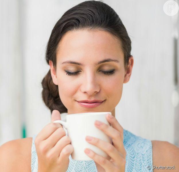 O chá é rico em propriedades que cuidam do corpo e da mente