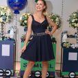 Andressa Suita usa vestido jeans Dolce & Gabbana em festa de 2 anos de Samuel