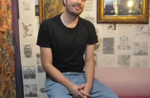 Danilo Gentili fala sério e relembra a dor de perder pai e irmã no mesmo ano