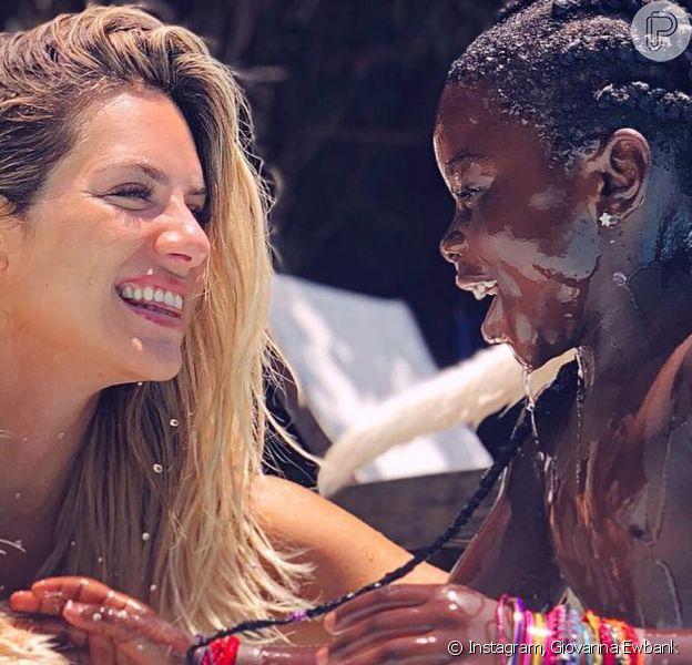 Giovanna Ewbank faz vídeo com Katy Perry
