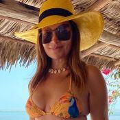 Solange Almeida comemora 46 anos com foto de biquíni: 'Dia mais feliz'