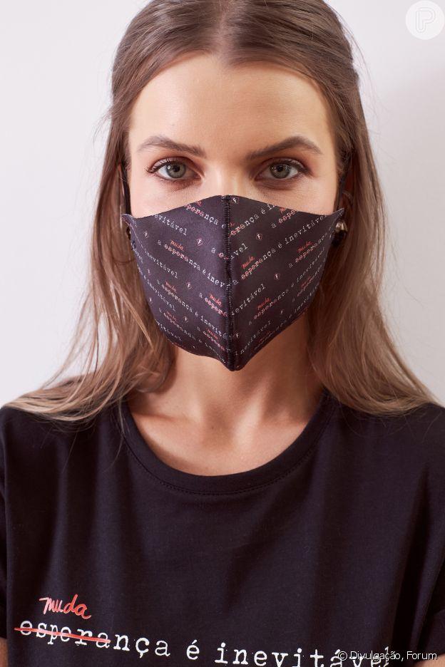 Máscara Forum tem detalhe estampado estiloso