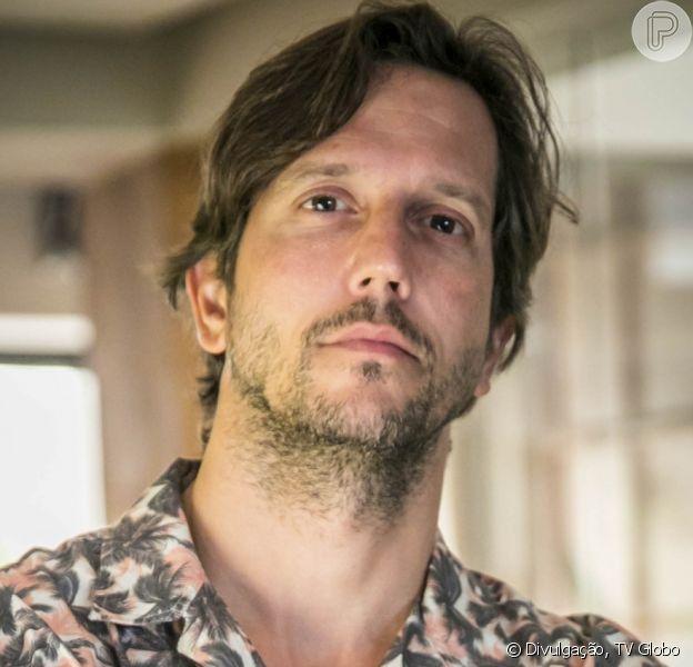 Na novela 'Amor de Mãe', Davi (Vladimir Brichta) fica entre a vida e a morte após levar tiro na cabeça