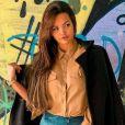 Suzanna Freitas opta por não expor fotos com o pai, Latino, em sua rede social, comentou ao respodner pergunta de seguidor