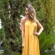 Andressa Suita aposta em vestido amarelo após fim do casamento com Gusttavo Lima