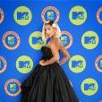 Anitta apostou em um vestido Dolce & Gabbana para a premiação