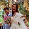 Carol Nakamura e Guilherme Leonel se casaram diante de 40 convidados e quatro casais de padrinhos em 12 de novembro de 2020