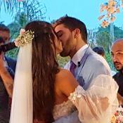Vestido rendado e emoção em família: o casamento de Carol Nakamura e Guilherme Leonel